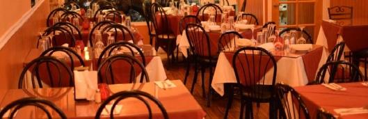 lafamiglia_tables